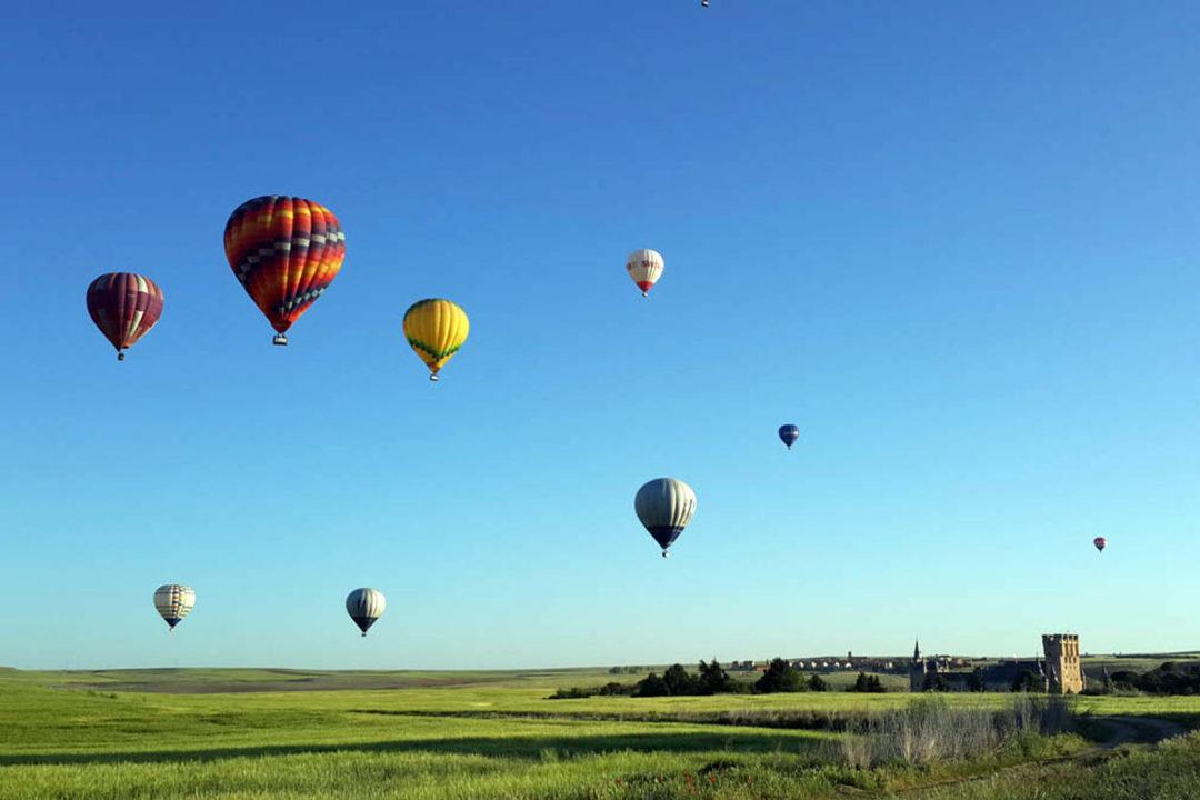 Imagen de los globos durante el vuelo