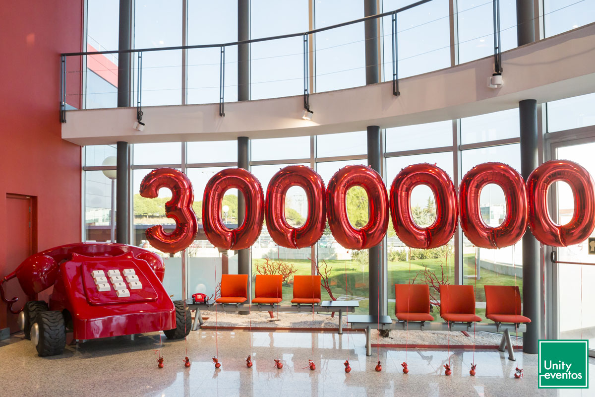 Celebración 3000000 de clientes Línea Directa